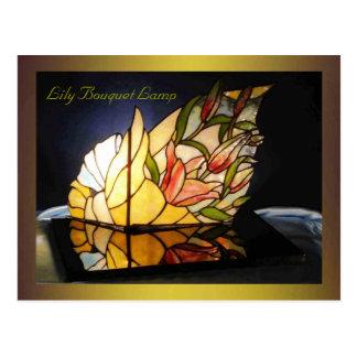 Bella arte de la lámpara del ramo del lirio tarjeta postal
