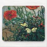 Bella arte de las amapolas y de las mariposas de V Tapetes De Ratones