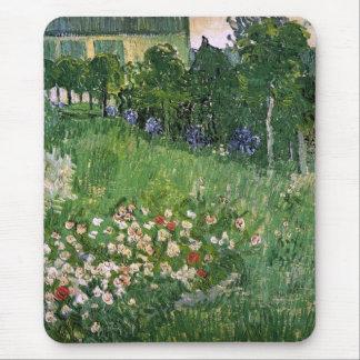 Bella arte de Van Gogh del jardín de Daubigny Tapetes De Raton