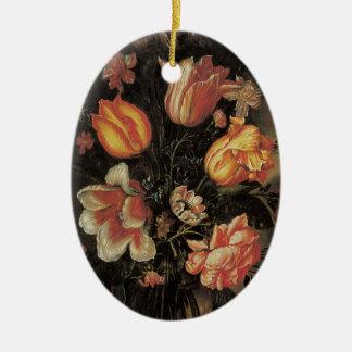 Bella arte floral con el ornamento de los adorno navideño ovalado de cerámica