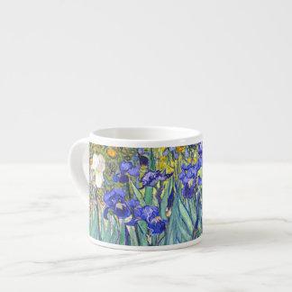 Bella arte floral del vintage de los iris de taza de espresso