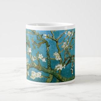 Bella arte floreciente de Van Gogh del árbol de Taza Grande