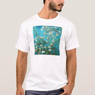 Bella arte floreciente del árbol de almendra de playera