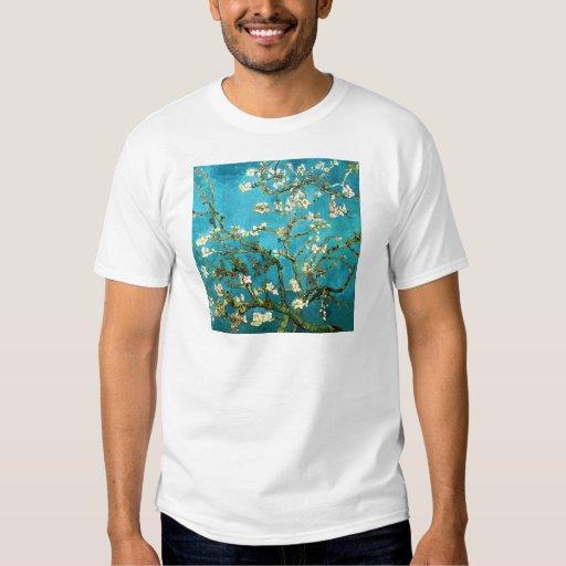 Bella arte floreciente del árbol de almendra de remera