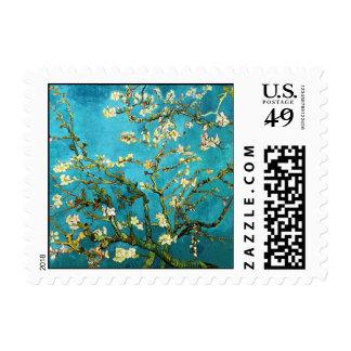 Bella arte floreciente del árbol de almendra de sello postal