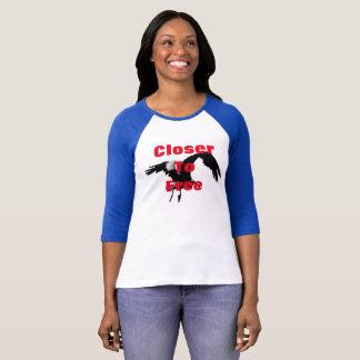 Bella de las mujeres + camiseta libertaria de la remeras