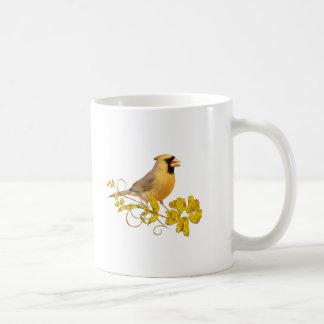 Belleza cardinal amarilla taza