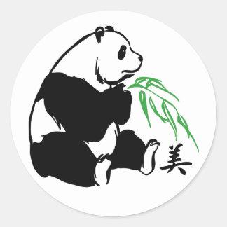 Belleza de la panda pegatina redonda