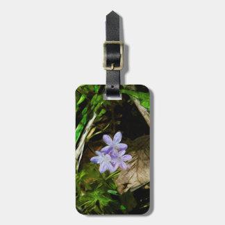 Belleza de primavera un extracto púrpura del Wildf Etiqueta De Equipaje