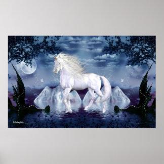 Belleza del blanco del unicornio posters