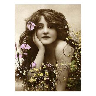 Belleza del vintage con las flores