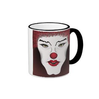 Belleza en taza roja