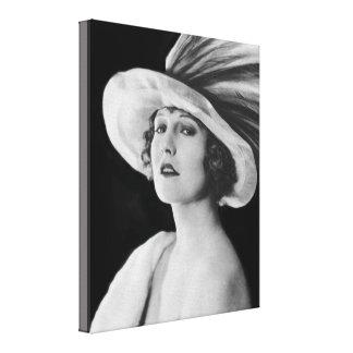 Belleza en vintage blanco y negro del lienzo envuelto para galerias