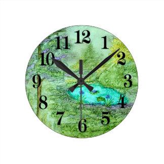 Belleza ocultada reloj redondo mediano