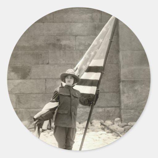 Belleza patriótica 1917 pegatina redonda