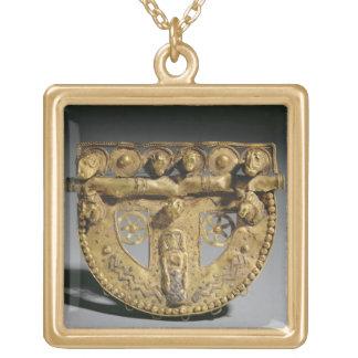 Belt-buckle with granulated decoration, Orientaliz Square Pendant Necklace