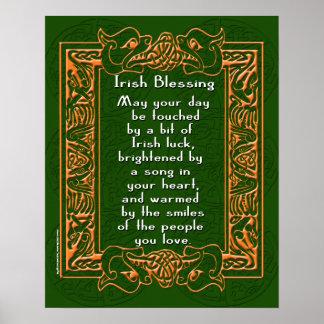 Bendición irlandesa con la fuente y el fondo poster