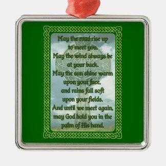 Bendición irlandesa verde adorno navideño cuadrado de metal