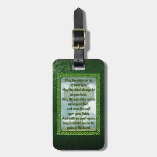 Bendición irlandesa verde etiquetas maletas