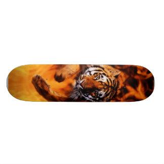 Bengal-Tiger-Jumping-Flames Skateboard