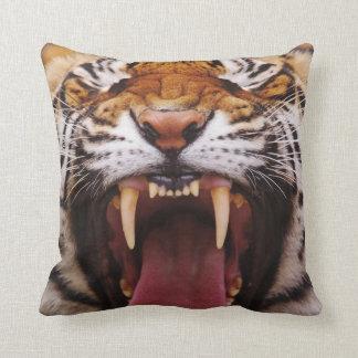 Bengal Tiger, Panthera tigris 2 Throw Pillow