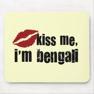 Bengali Kiss Mouse Pad