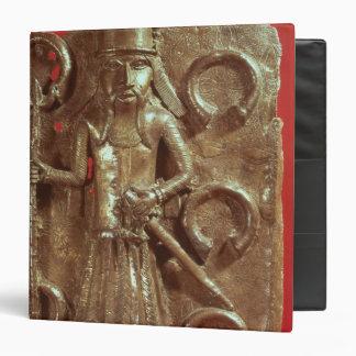 Benin plaque binder