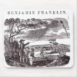 Benjamin Franklin conduce su experimento de la com Alfombrillas De Ratón