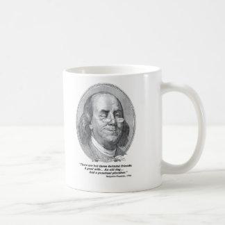 Benjamin Franklin que sondea la taza