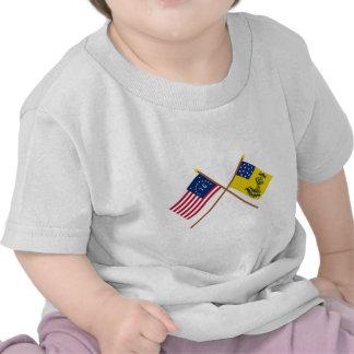 Bennington y dólares cruzados de las banderas de camiseta