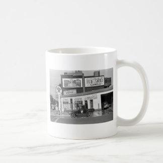 Benton Harbor Filling Station, 1940s Coffee Mug