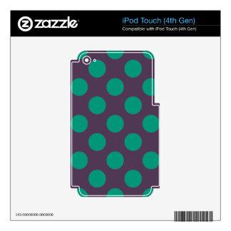 Berenjena Polkadots verde iPod Touch 4G Skins