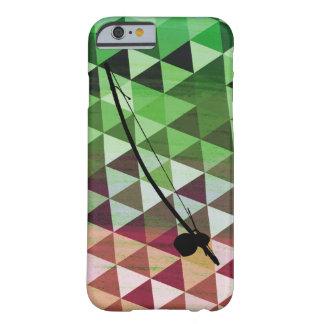 Berimbau en un fondo geométrico colorido funda de iPhone 6 barely there