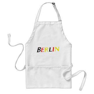 Berlín Alemania en colores de la bandera Delantal