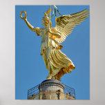 Berlín, Alemania - top de la columna de la victori Impresiones