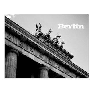 Berlin - Brandenburger gate Postcard