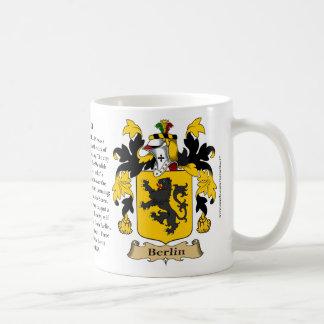 Berlín, el origen, el significado y el escudo taza clásica