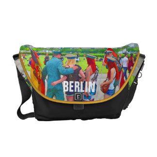 BERLIN-Fun Courier Bag