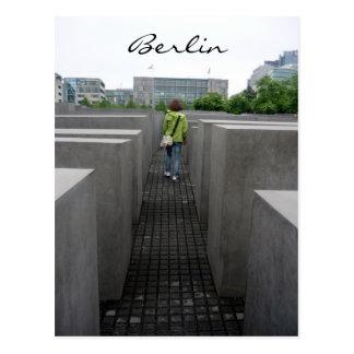 berlin monument walk postcard
