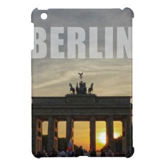 BERLÍN, puesta del sol en la puerta de Brandeburgo