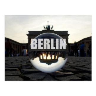 BERLÍN, puesta del sol en la puerta de Brandeburgo Postal