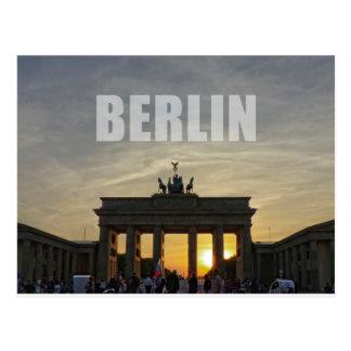 BERLÍN, puesta del sol en la puerta de Brandeburgo Postales