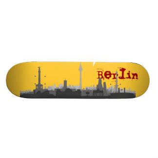 Berlin skyline skateboard
