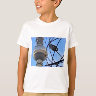 """BERLIN TV Tower with Detail of """"World Time Clock"""" T-Shirt"""
