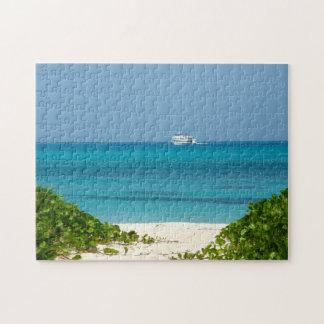 Bermudas - barco de cruceros en el océano rompecabeza con fotos