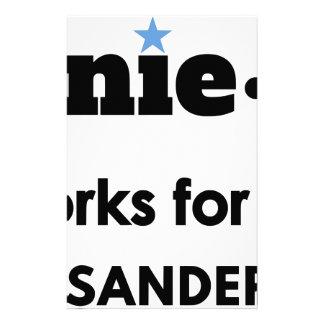 ¡Bernie.ism trabaja para nosotros! Papeleria De Diseño