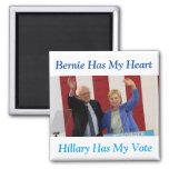 Bernie tiene mi corazón, Hillary tiene mi imán del