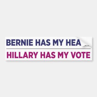 Bernie tiene mi corazón, Hillary tiene mi pegatina Pegatina Para Auto