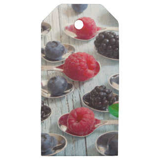 berry fruit wooden gift tags