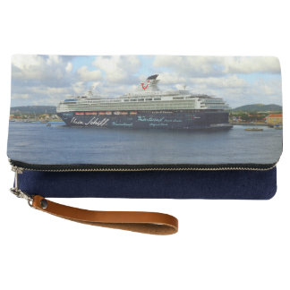Berthed in Bonaire Clutch